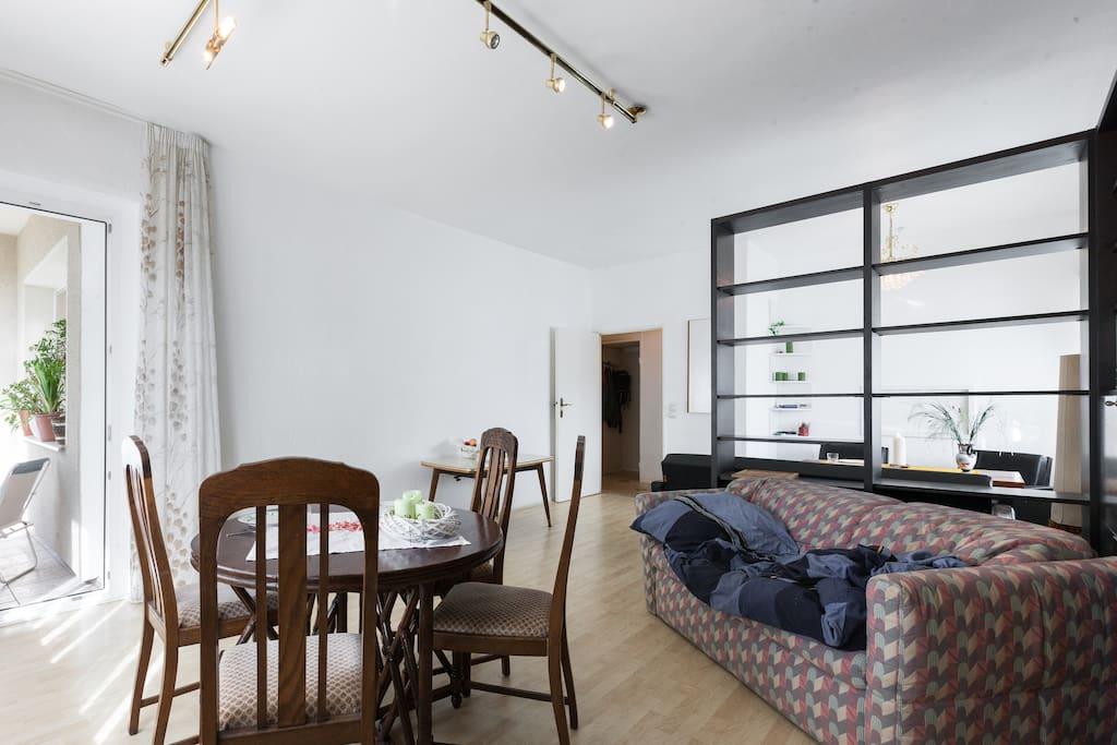 coming home for a shelter appartements louer berlin berlin allemagne. Black Bedroom Furniture Sets. Home Design Ideas