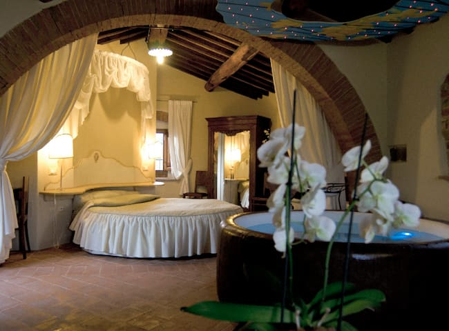 Tuscany gateway - suite with spa - Anghiari - Bed & Breakfast