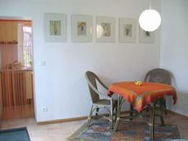 studio dans jardin - Herm - Rumah