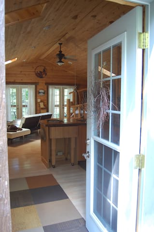 Cozy Adirondack Apartment with Free WiFi and Sauna
