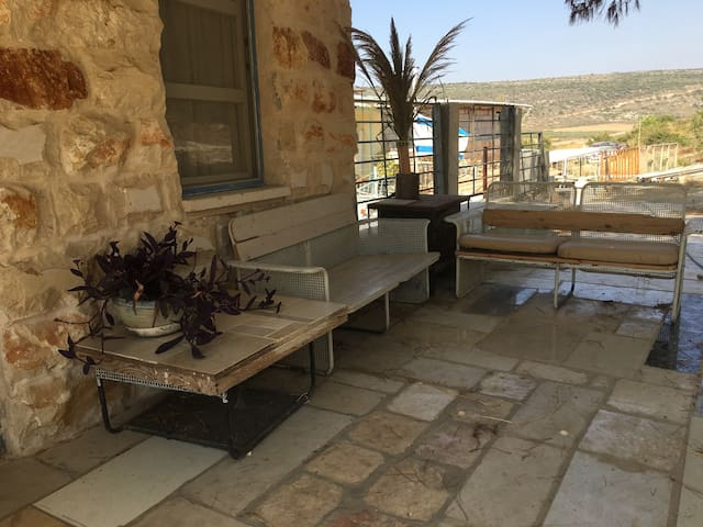 Clil Hilltop House,   rural off-the-grid, כליל