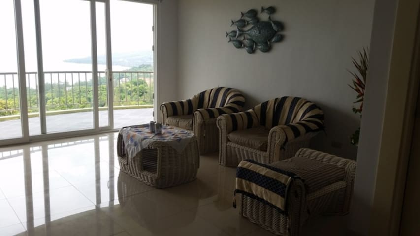 SUNSET BAY VIEW VIP APARTMENT - Subic - Apartment