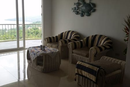 SUNSET BAY VIEW VIP APARTMENT - Subic