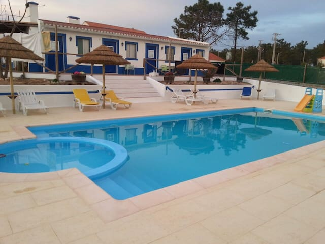 Casa t2 praia Melides Monte António domingos
