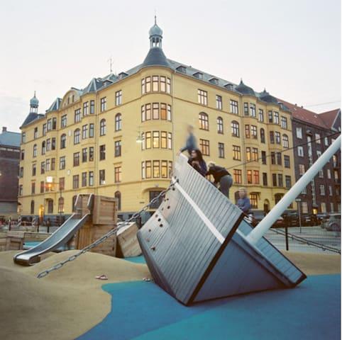 Playground just around the corner on Sdr. Boulevard