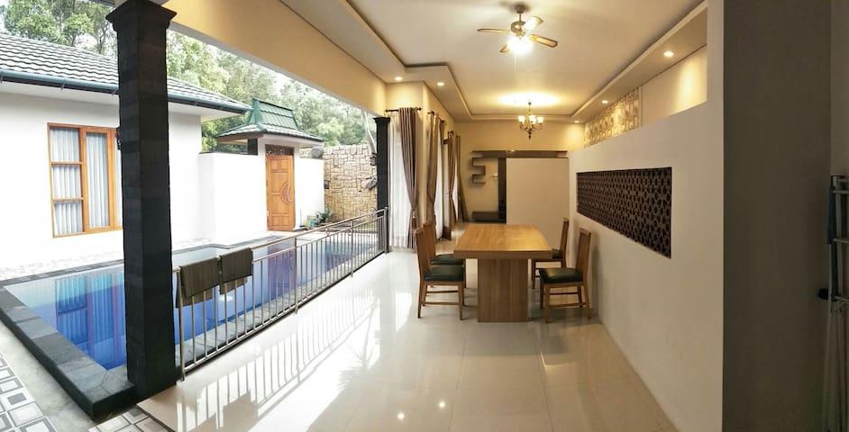 Villa Bryson 3 kamar