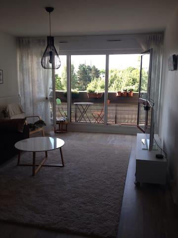 Joli Appartement 4 pièces de 90m2 (Refait en 2014) - Les Ulis - Appartement