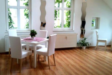 Helles Loft-Zimmer in Berlin - Berlin - Loft