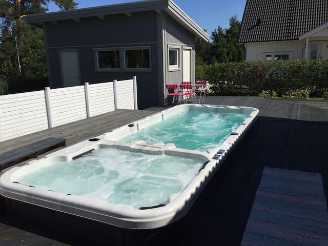 Mysig stuga - Pool och SPA - Oskarshamn - 家庭式旅館