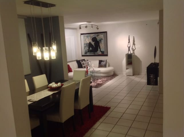 Room # 1 - Guaynabo  - Apartment