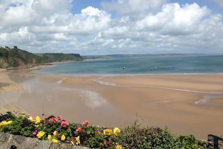 Relaxing holiday chalet in Wales - Pembrokeshire