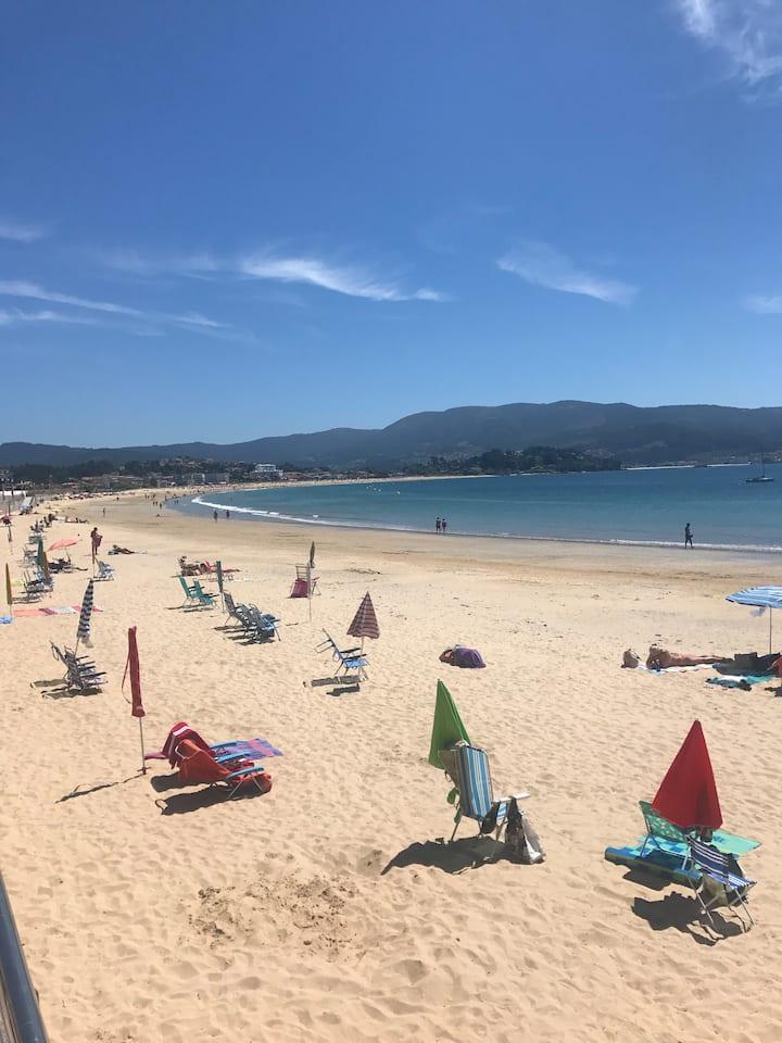 Amplio Apartamento a pie de playa Panxón