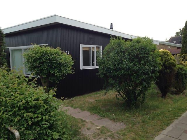 Vakantiehuisje nabij strand - Ouddorp - Mökki