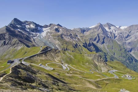 [1] Free acces to the Großglockner. - Uttendorf