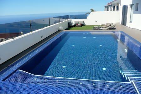 Private pool, best views A-38/4.948 - El Sauzal