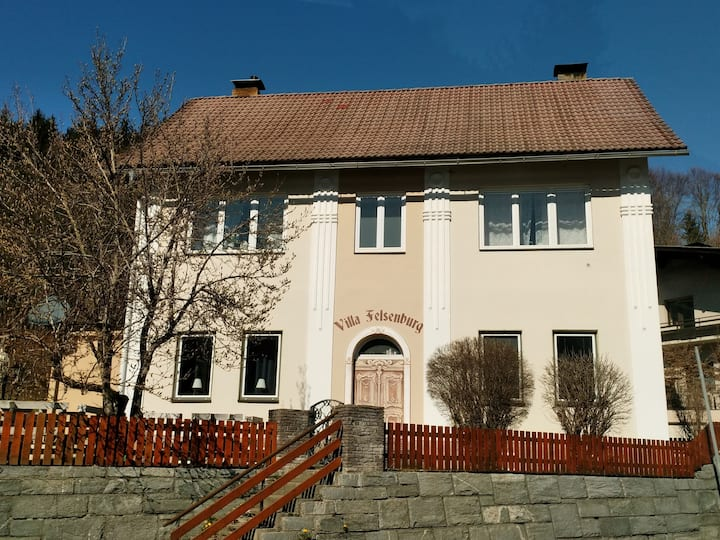 Felsenburgapartment