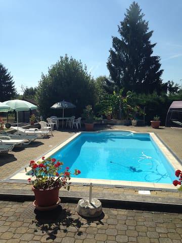 magnifique ferme rénovée + piscine - Loisy - Casa