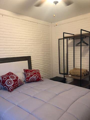Habitación nueva en Querétaro / Casa Alicia 1