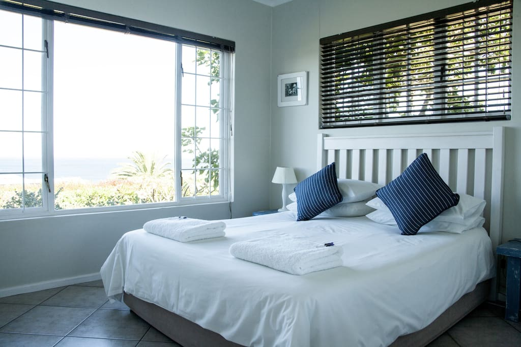 Main Bedroom with Queen Sized Bed and panoramic sea view