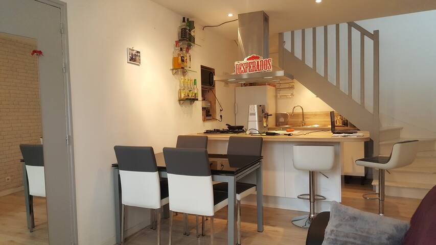 Townhouse in Poitiers, near to the Futuroscope - Poitiers - Huis