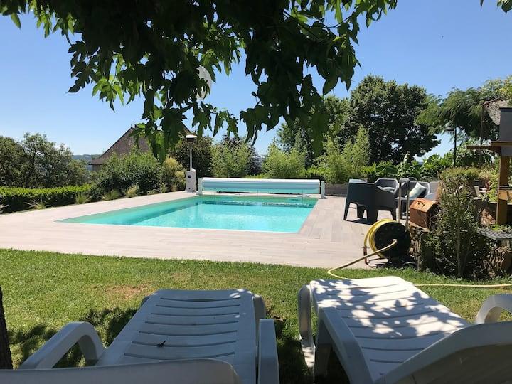 Villa proche de Figeac avec Pisicne
