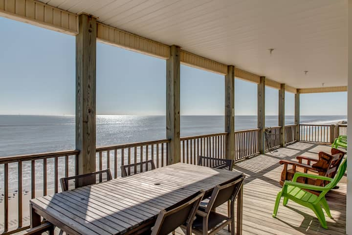 Marisol - Gulf front living on Dauphin Island! Overlook your own beachfront!