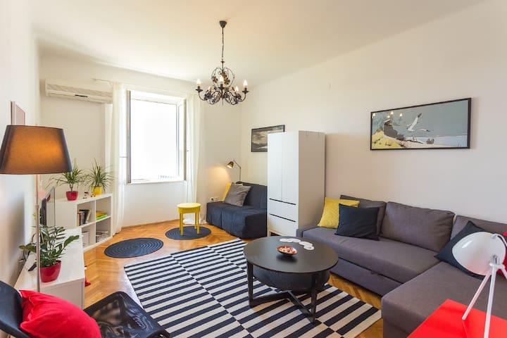 Apartment Natasha,one bedroom with sea view