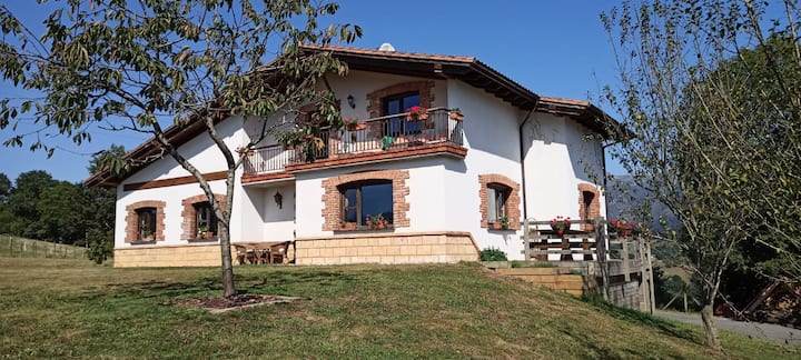 Cottage, max. 9 places, Asturias, Northern Spain