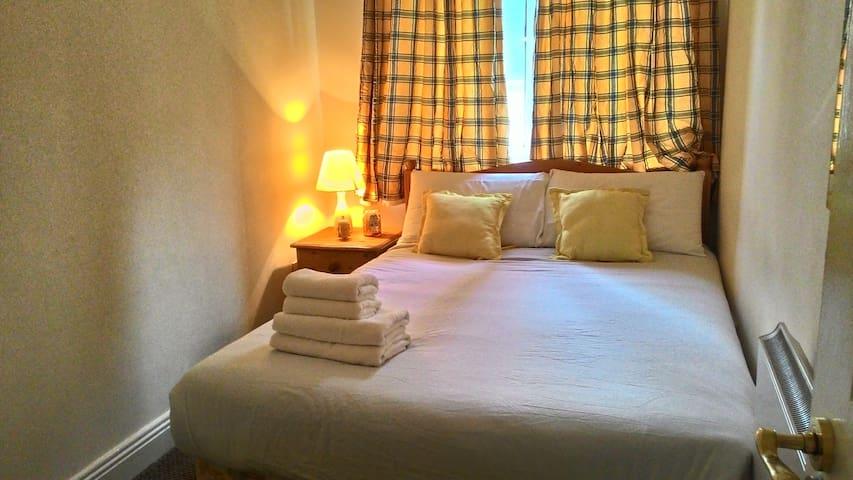 Double room near Guiness Storehouse/Phoenix Park