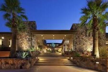 Westin Desert Willows Villa - Desert Trip Weekend2 - Lägenhet