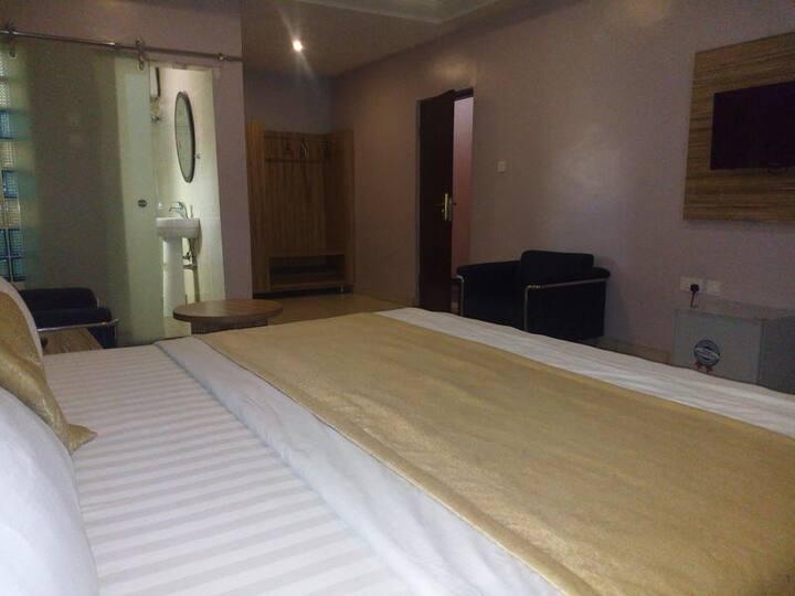 Dublina Suites  - Deluxe Room