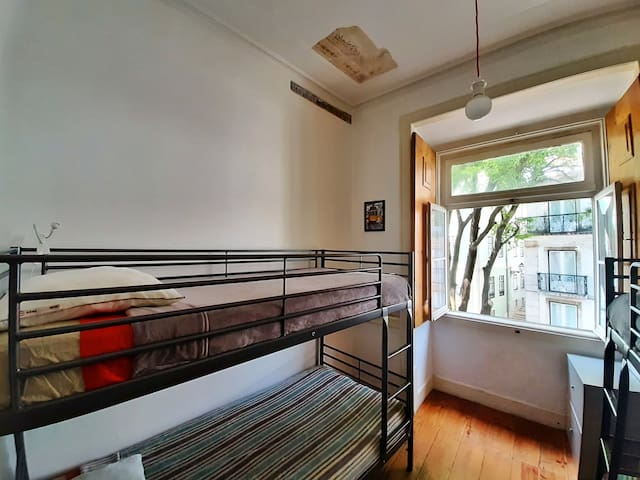 ★ Bed in Female Dorm in the heart of Lisbon ★