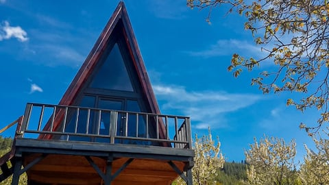 Treehouse in nature at the top of the Taurus mountains