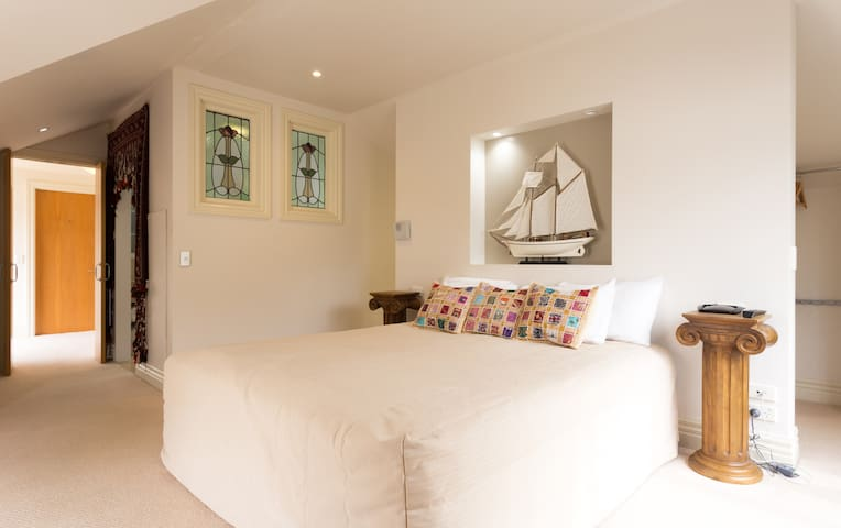 Master Bedroom and Ensuite in excellent location