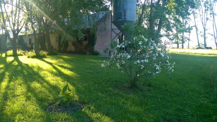 Haras El Regreso, Hermosa casa de campo