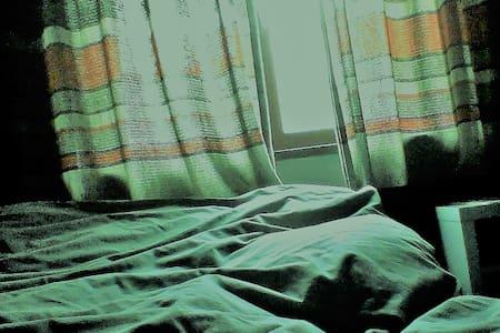 chambre  équipée dans une maison de maitre - Nivelles - Annat