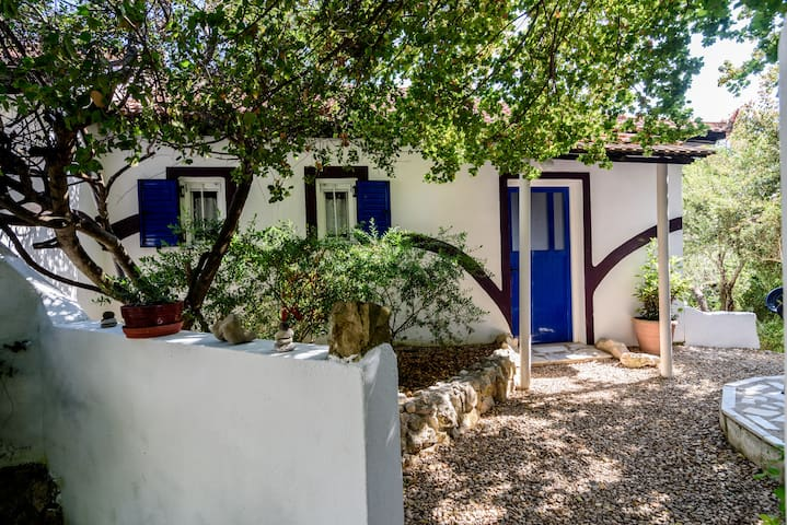 Mauve Cottage - 400m to the beach - Petrohori
