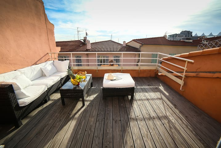 Beautiful loft in Cannes center with sunny terrace