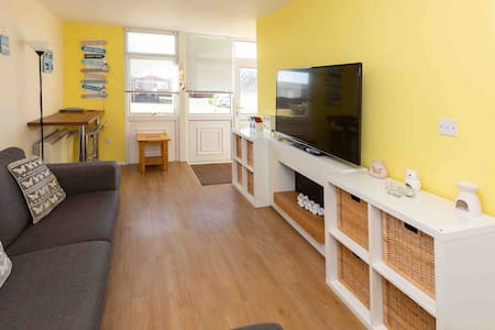 *Dog Friendly Three Bed Holiday Home*