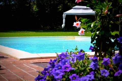 Farmhouse with pool (Lavanda)