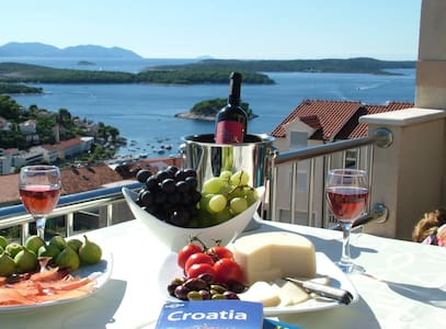 Hvar Town Amazing Sea View Penthouse 4+1 P