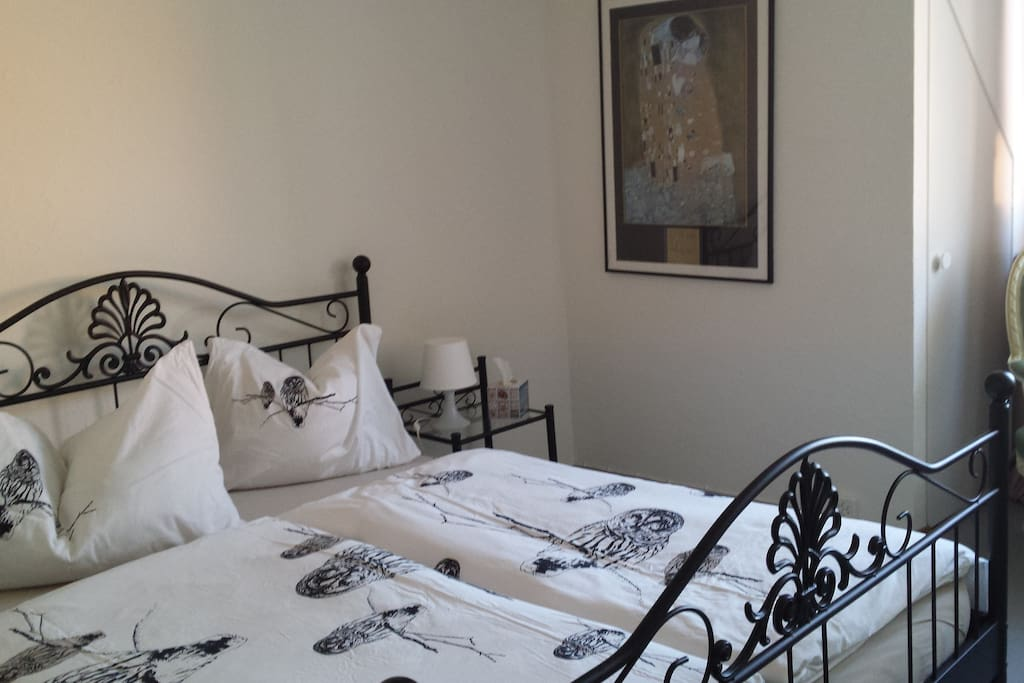 Zimmer mit Altstadtdächersicht