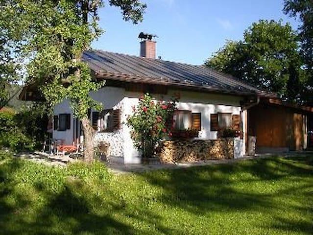 Fe-Haus Veronika / Garmisch 20 km - Unterammergau - Huis