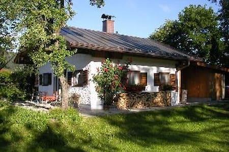 Fe-Haus Veronika / Garmisch 20 km - Unterammergau - Talo