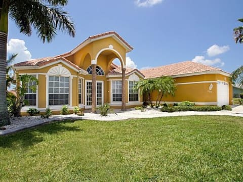 Beautiful house in Cape Coral / FL