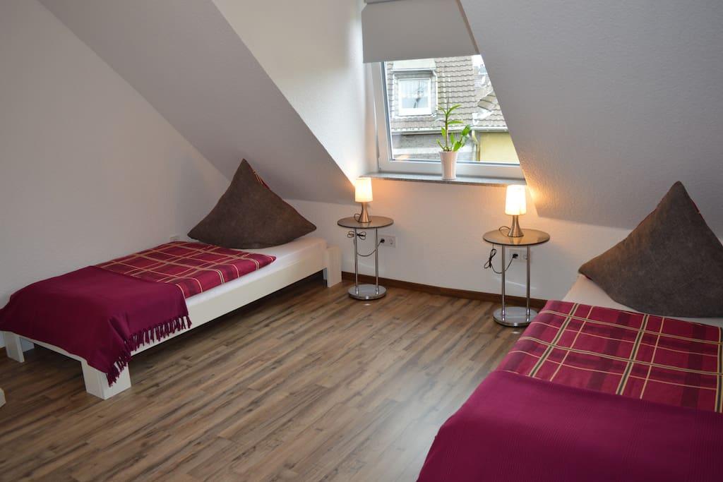 apartment im herzen d sseldorf s apartments for rent in dusseldorf north rhine westphalia. Black Bedroom Furniture Sets. Home Design Ideas