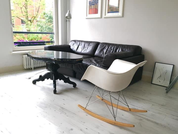 Central Studio apartment in Trendy De Pijp