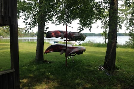 Belmont Lake B&B + Cottage - Havelock-Belmont-Methuen