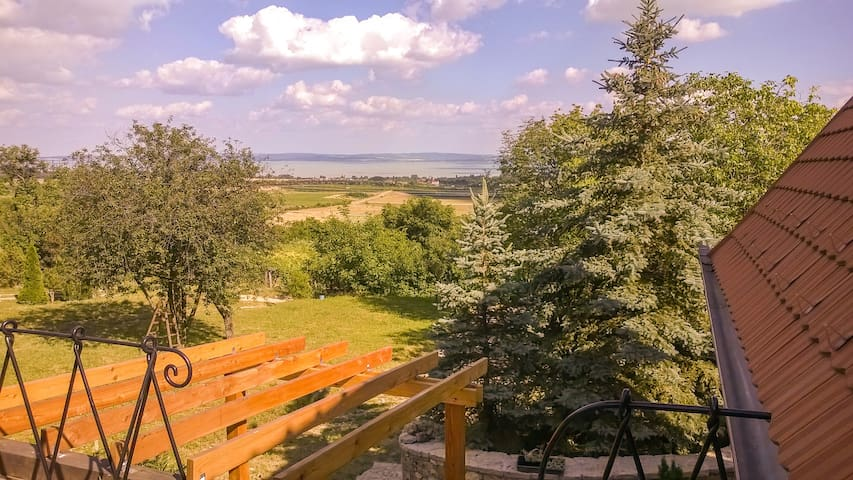 Balaton-felvidék, Hegyestű - emelet - Monoszló - Apartemen