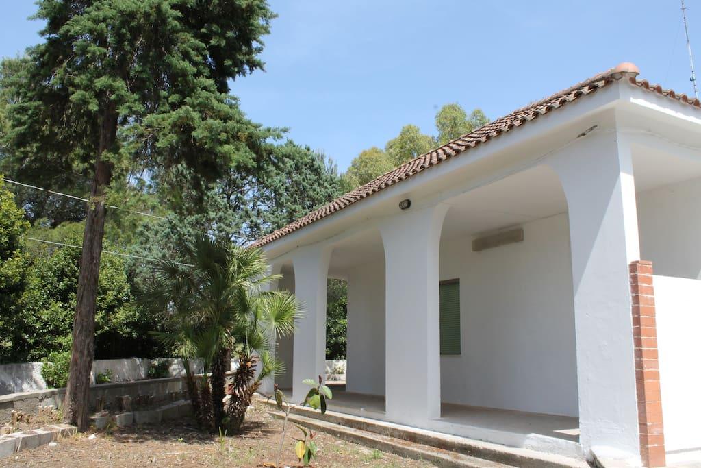 giardino  esterno con veranda